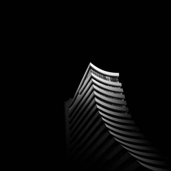 Daniel Garay Arango - Dark Slide | blinq.art