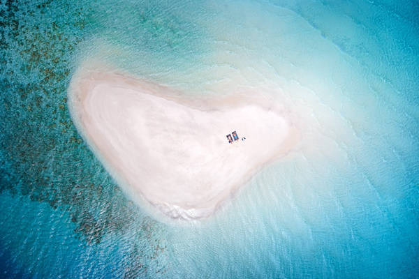 François Peyranne - Secret Island   blinq.art
