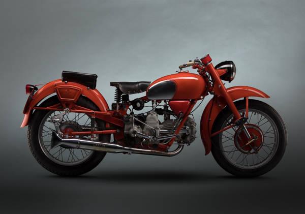 Paul Clifton - MotoGuzzi Falcone 1958   blinq.art