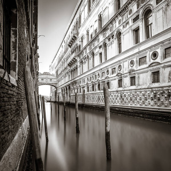 Stefan Stroher - Bridge of Sighs 2 | blinq.art