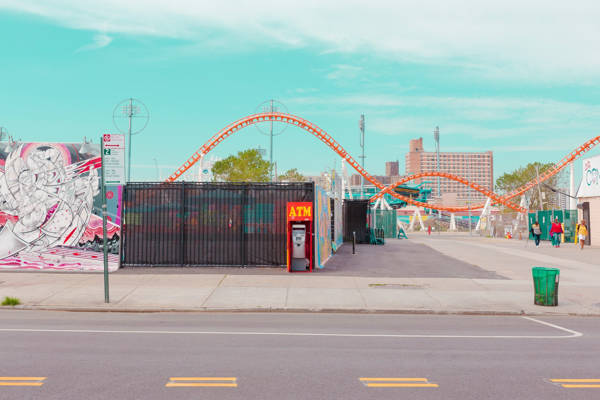 Salvador Cueva - Coney Island III | blinq.art