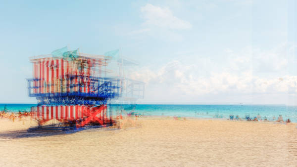 Laurent Dequick - South Beach Lifeguard Stand I