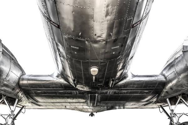 Gary Sheppard - Douglas DC-3 III