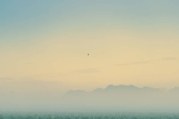 Nicolas Mithois - Balloon Above the Fog | blinq.art