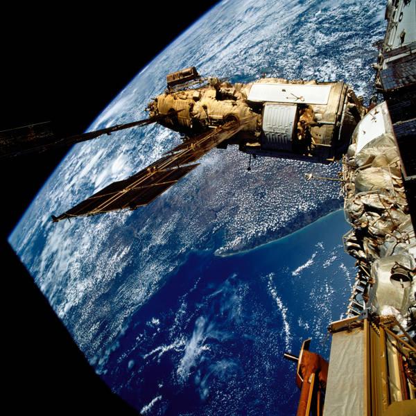 NASA - Mir Space Station | blinq.art