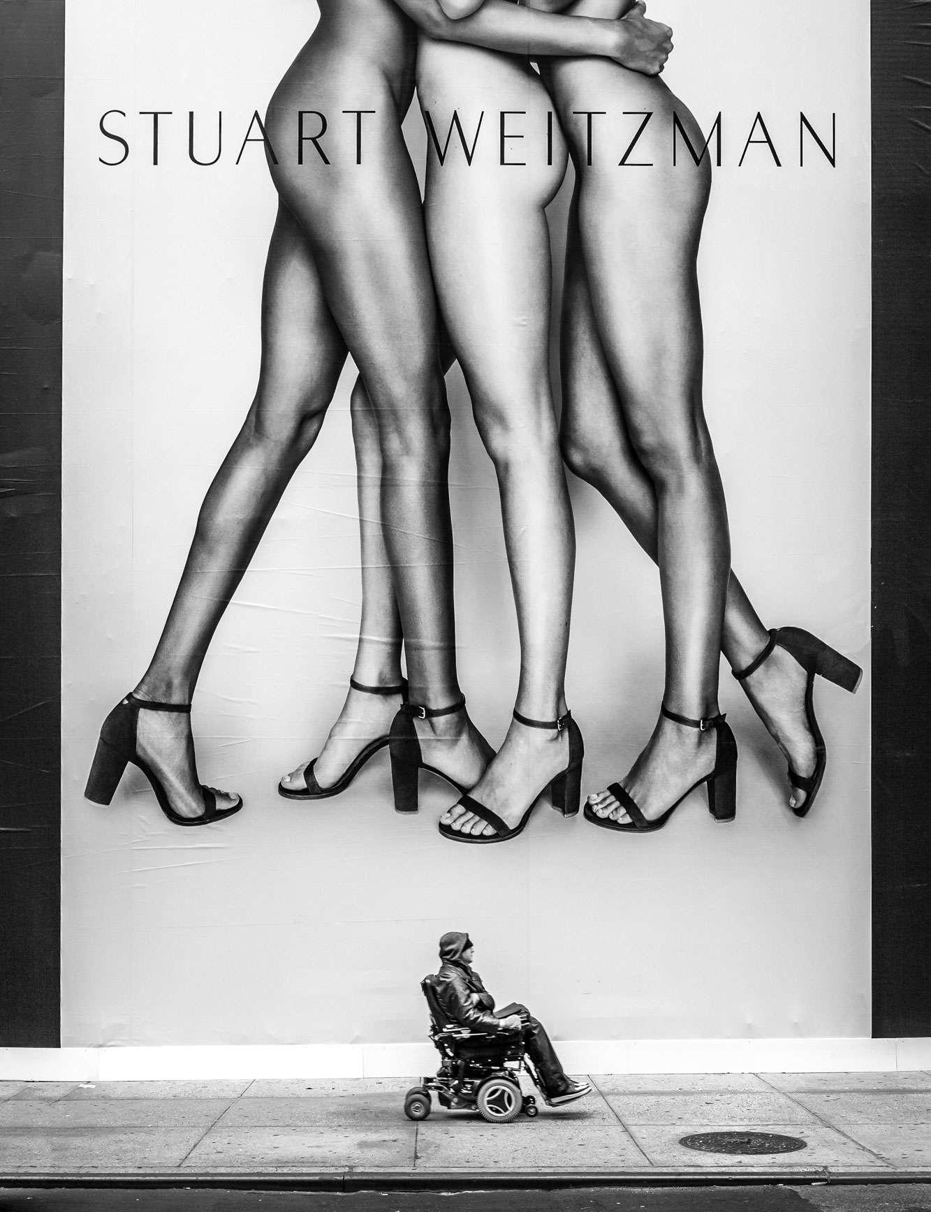 Joseph Cela - Legs Black & White