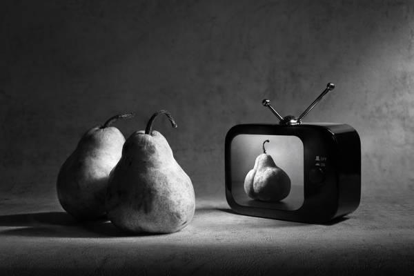 Victoria Ivanova - Pear Television Heaven