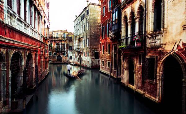 Carmine Chiriaco - Venetian Discovery | blinq.art