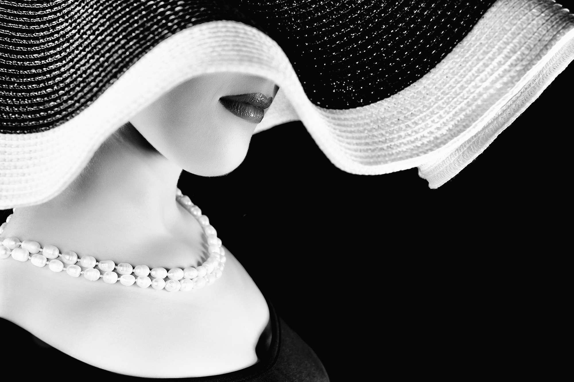 Ruslan Bolgov - The Lady in Pearls II