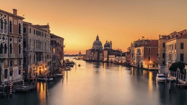 Eric Zhang - Dawn On Venice