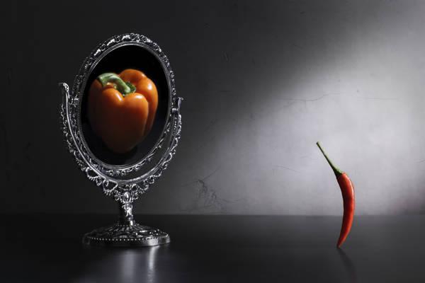 Victoria Ivanova - Who Am I? | blinq.art